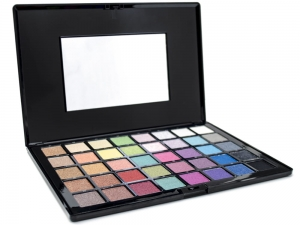 Airbase High Pigment Pearl Eyeshadow Pallette (40 Colours, 46.6g)