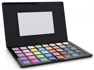 Airbase High Pigment Satin Eyeshadow Pallette (40 Colours, 46.6g)
